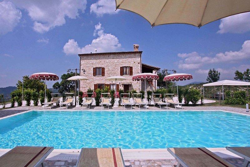 Ferienwohnung Cobalto - Komplex mit fünf Wohnungen mit Swimmingpool