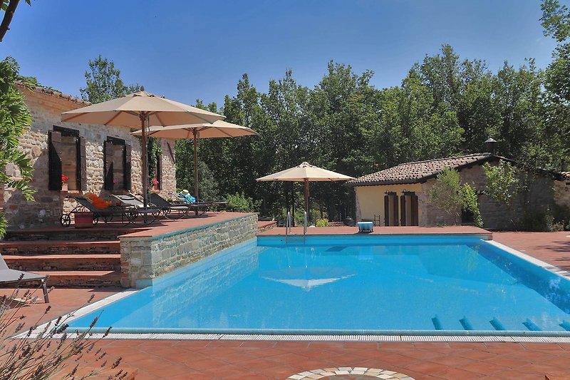 Villa Oriente - Private villa with pool and dependance