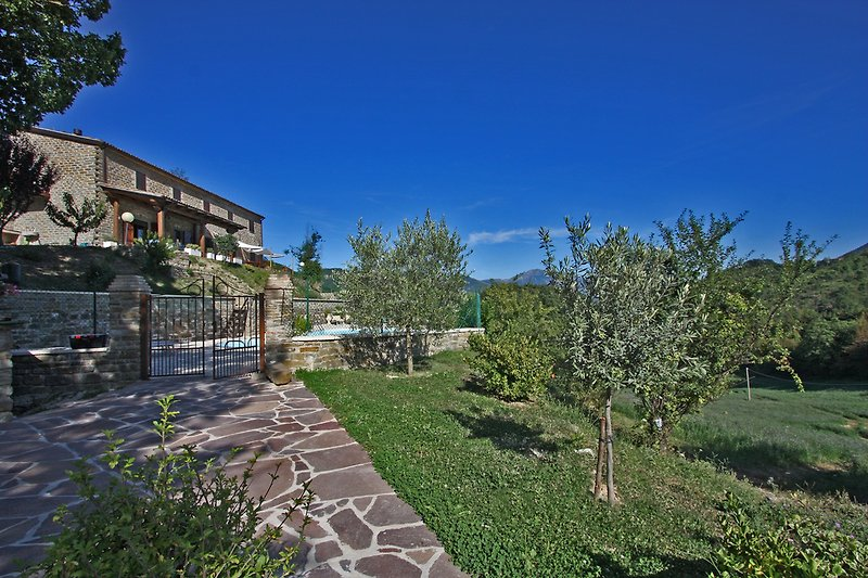 Casale Giada - House with pool in the countryside up to 5 sleeps