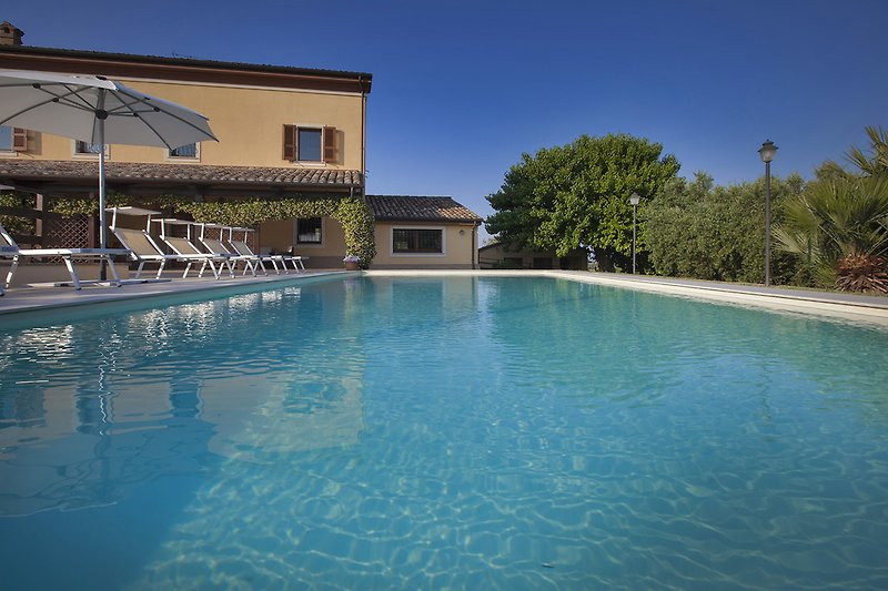 Villa Giorgia - Pool 10,50x4,50 to spend pleasant moment of relaxation