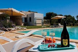 Trullo Bella Vita, piscine privée