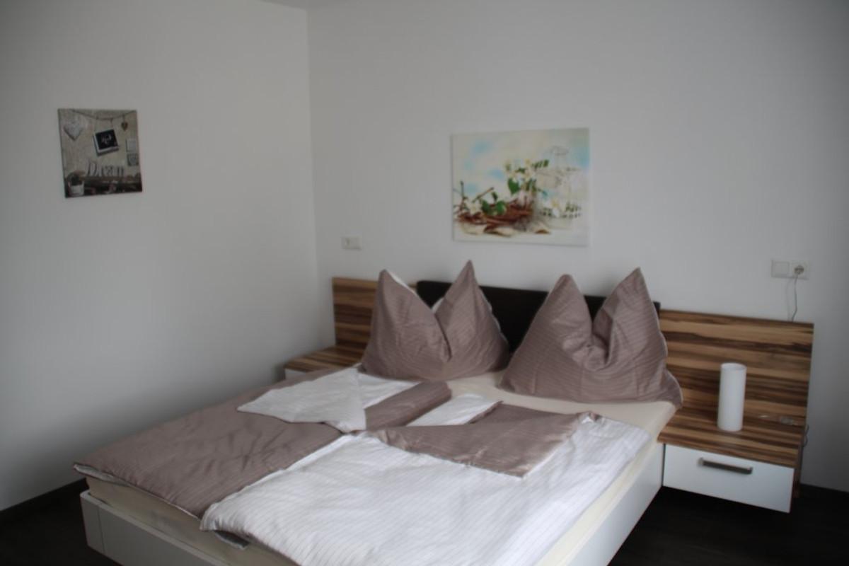 Ferienhaus mit Garten in Wien - Ferienhaus in Wien Liesing mieten