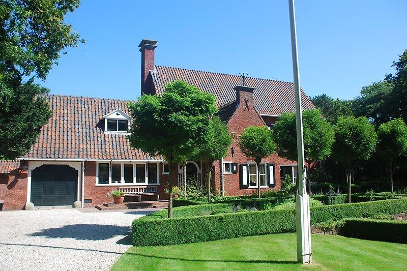 Vorseite Villa Middenblink