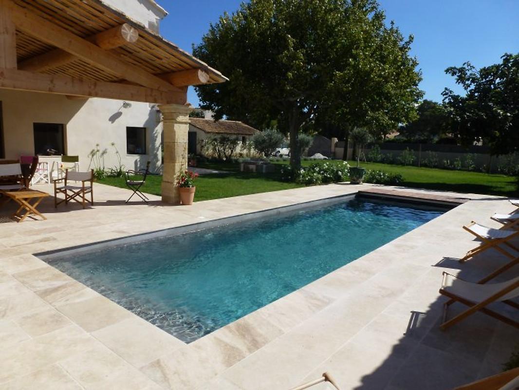 881 rmy vakantiehuis in mouri s huren - Zwembad met kookeiland ...