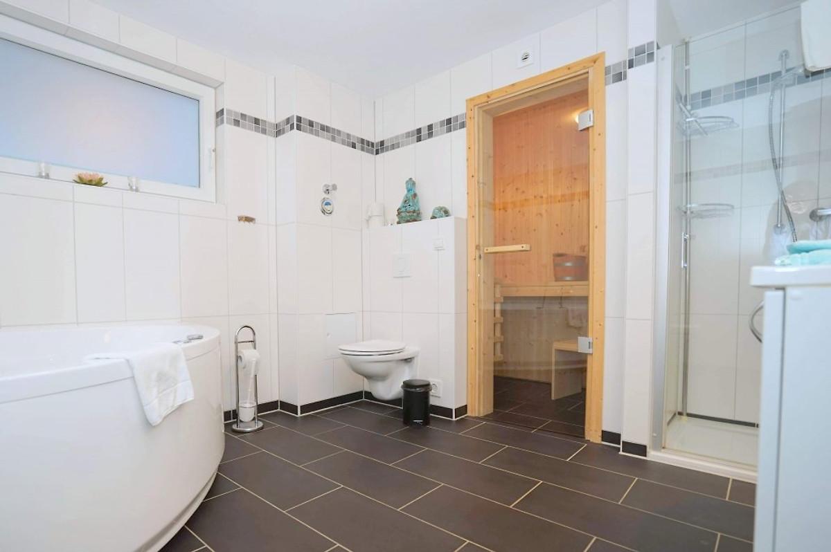 Komfortwohnung 2 Sz Sauna/Whirlpool - Ferienwohnung In Schillig Mieten
