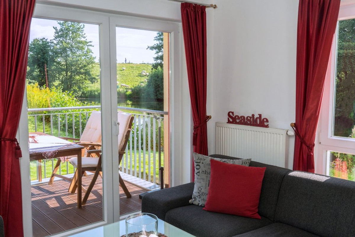 Komfortwohnung SZ SaunaWhirlpool Ferienwohnung In Schillig Mieten - Whirlpool im wohnzimmer