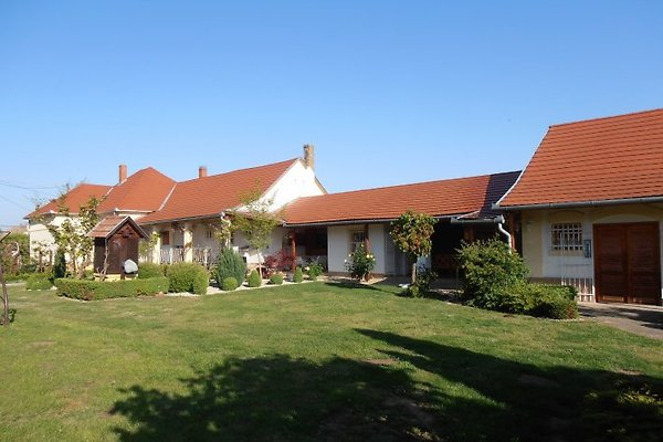 Holiday home in Somogyszentpal - picture 1