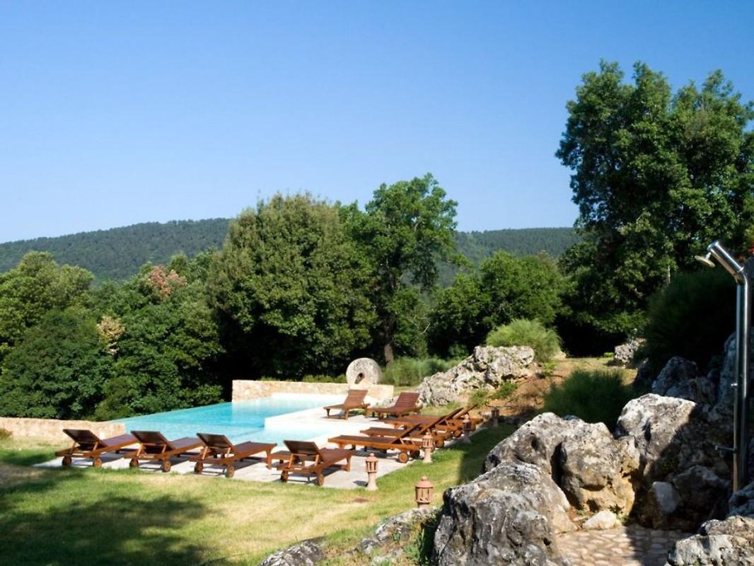 Villa virginia maison de vacances sovicille louer for Piscine 17eme