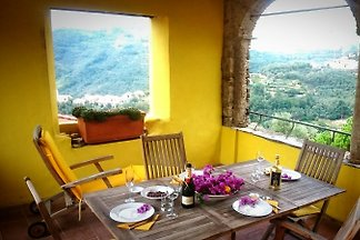 Idyllic tower apartment in Liguria