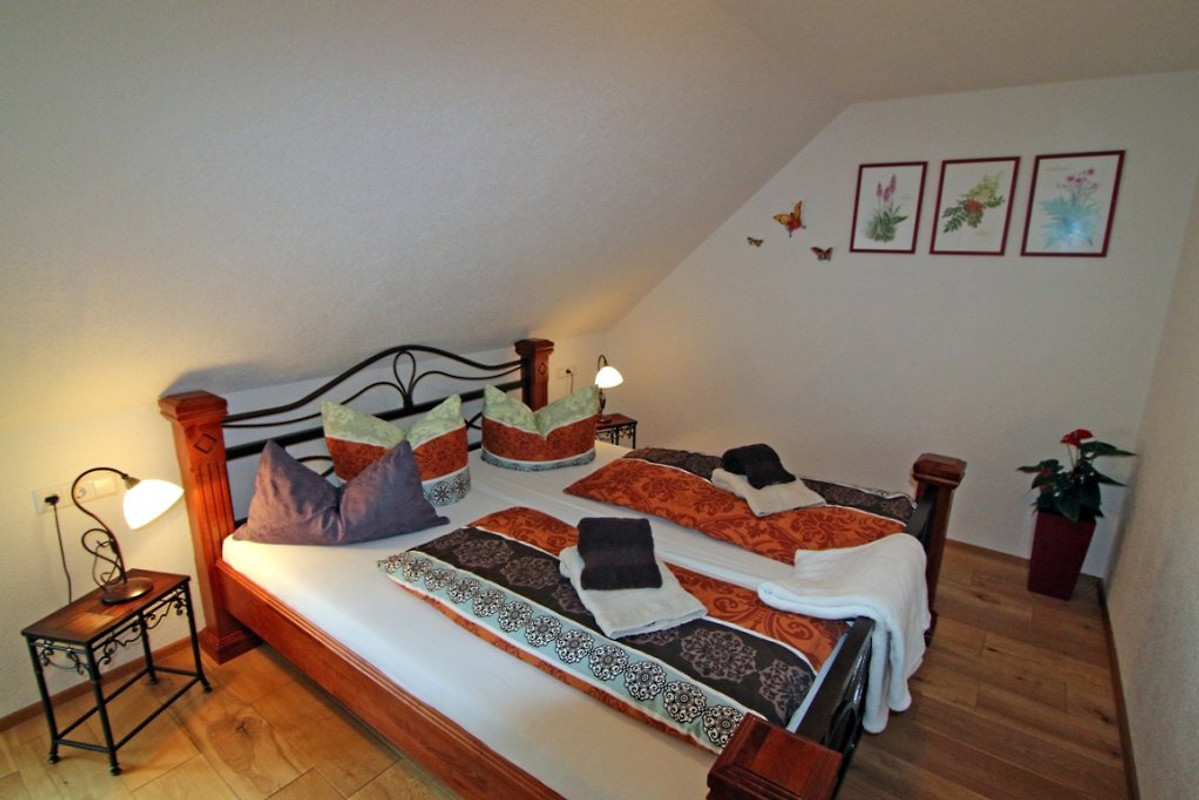 appartement riesling ferienwohnung in cochem mieten. Black Bedroom Furniture Sets. Home Design Ideas