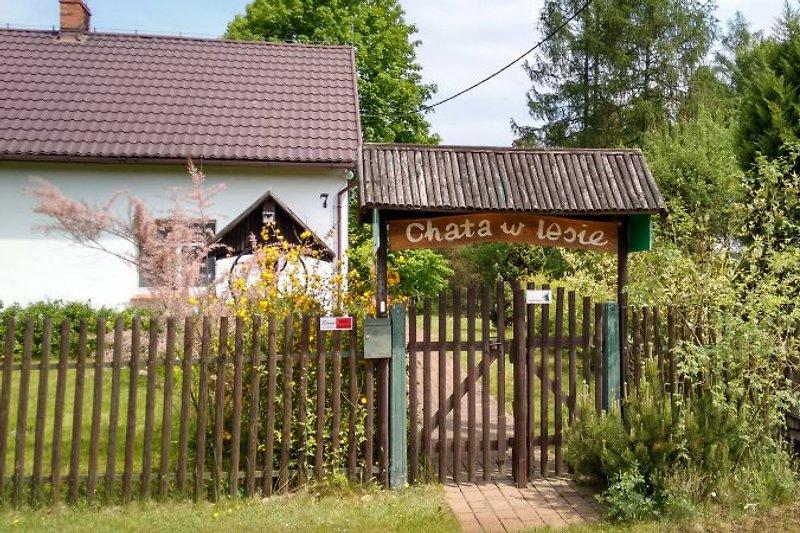 h tte im wald chata w lesie h tte in murow mieten. Black Bedroom Furniture Sets. Home Design Ideas