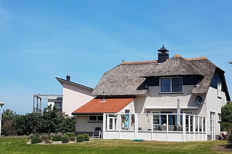 Villa Meerblick eingezäunt