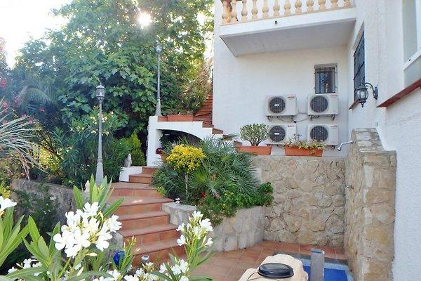 villa bella vista mit meerblick ferienhaus in denia mieten. Black Bedroom Furniture Sets. Home Design Ideas