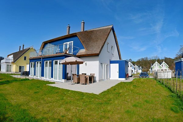 Holiday home in Breege - picture 1