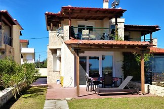 Beautiful Villa by the Sea with Sea View for families