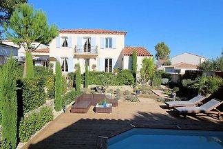 0416 Villa Carmina 8P. Saint-Sériès, Hérault