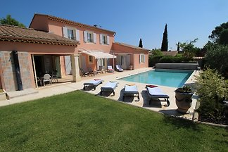 Holiday home relaxing holiday Avignon