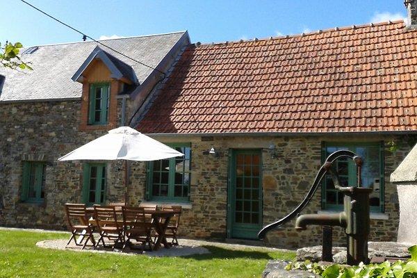 Les Prunelles - kamienny dom w Bretteville-sur-Ay - zdjęcie 1