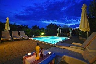Villa Ines - Haloistra.com