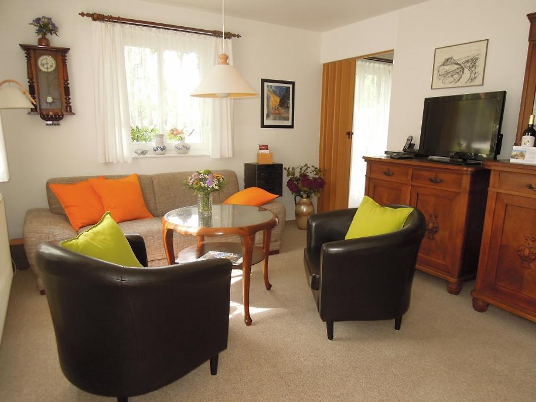 Ferienwohnung zum nixenteich ferienwohnung in dresden for Wohnzimmer dresden