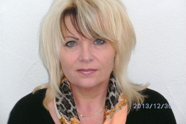 Frau E. Egenter