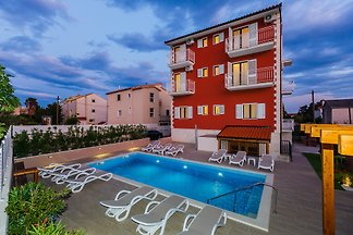 ST23 Villa Rouge