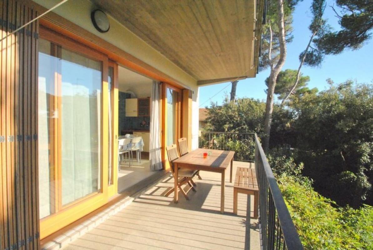 Villa marina casa vacanze in castiglioncello affittare for Piani di cabina per gli ospiti