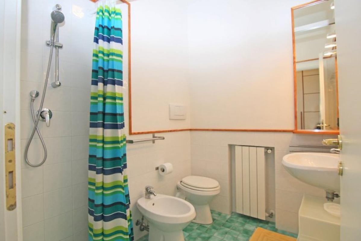 Villa marina casa vacanze in castiglioncello affittare - Bagno senza finestra ...