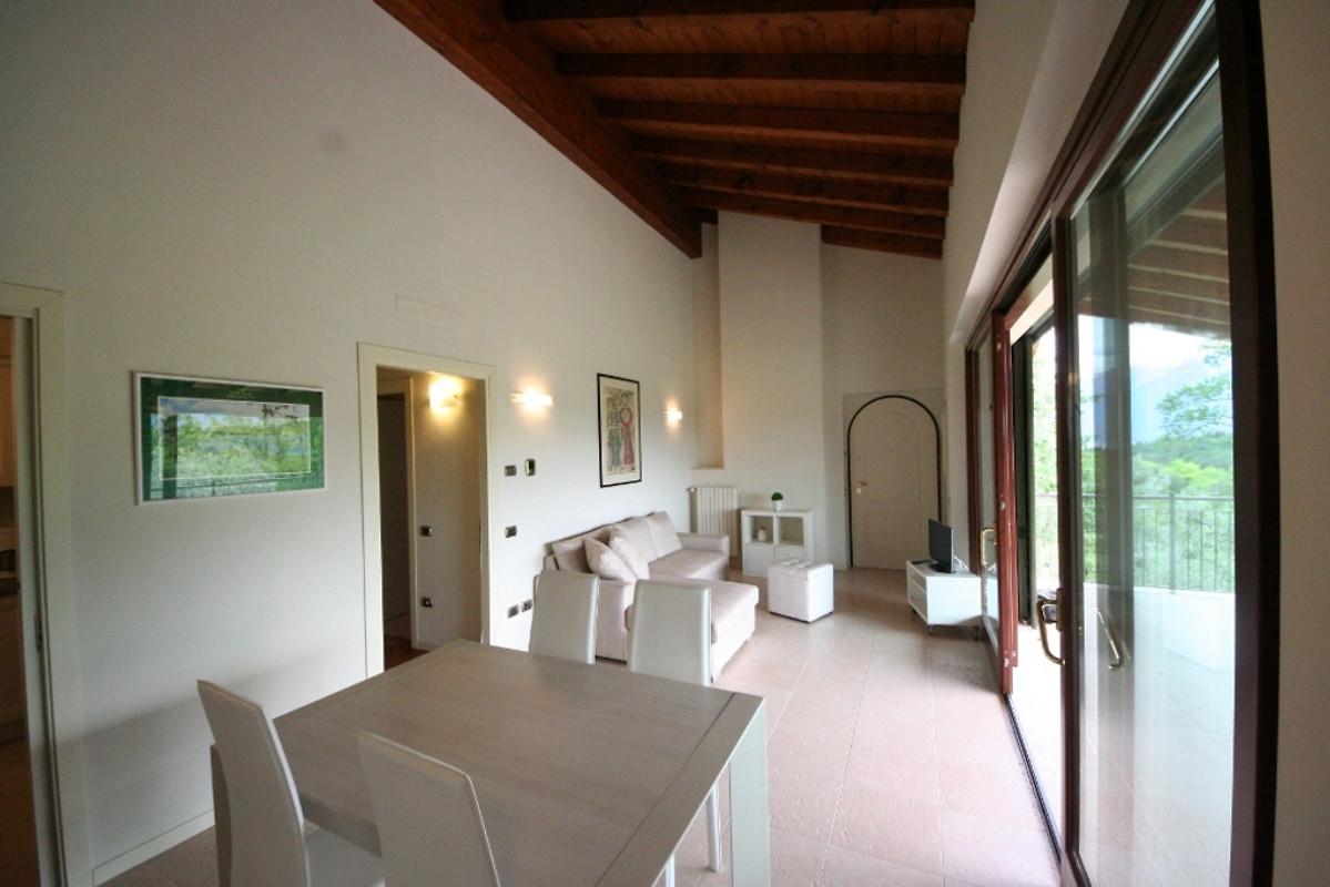 birdie ferienwohnung in tremosine sul garda mieten. Black Bedroom Furniture Sets. Home Design Ideas