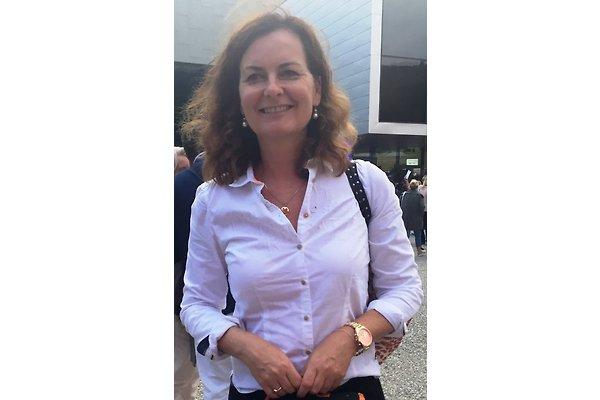 Frau C. Dreßler