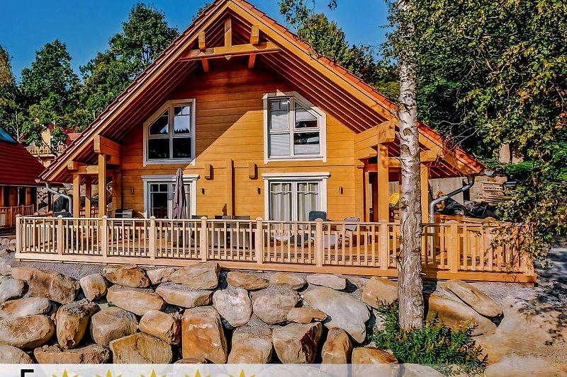 Lodge Blickfang mit 5-STERNEN vom Deutschen Tourismusverband ausgezeichnet