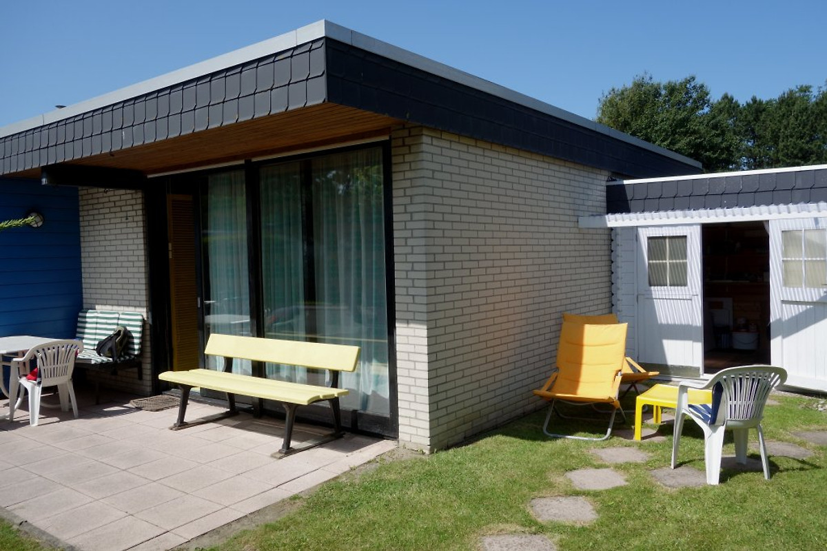 ferien bungalow tossens ferienhaus in tossens mieten. Black Bedroom Furniture Sets. Home Design Ideas