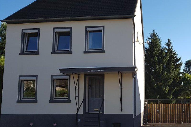 Haus Schneider Kätchen, gans renoviert mit behalt von Alte details.