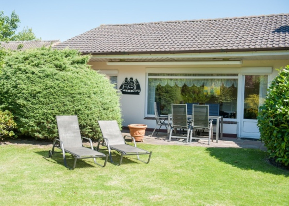 nordseetraum bungalow ferienhaus in b sum mieten. Black Bedroom Furniture Sets. Home Design Ideas