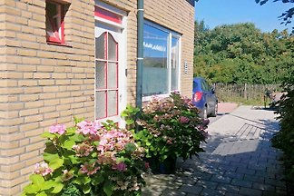 Cozy cottage Egmond a Zee