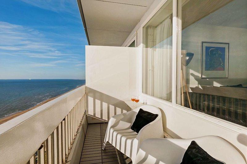 Genießen auf Ihren eigenen Balkon von der Nordsee.