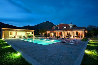 Deluxe Villa Puerto Pollensa 43268