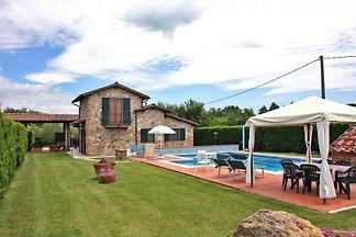 Castiglione del Lago 330 mit Pool