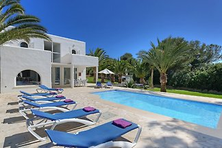 Beach Villa Cala D'Or 5654