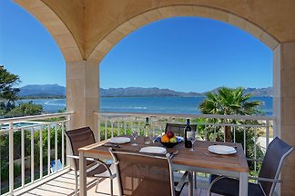 Beach villa with pool Alcudia 6315