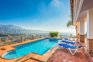 Holiday house Nerja 4115 with pool
