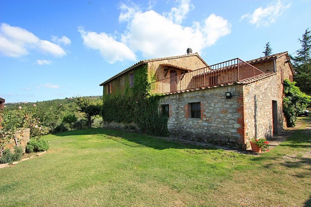 San feliciano 435 mit privatpool ferienhaus in magione for Ferienhaus mit privatpool