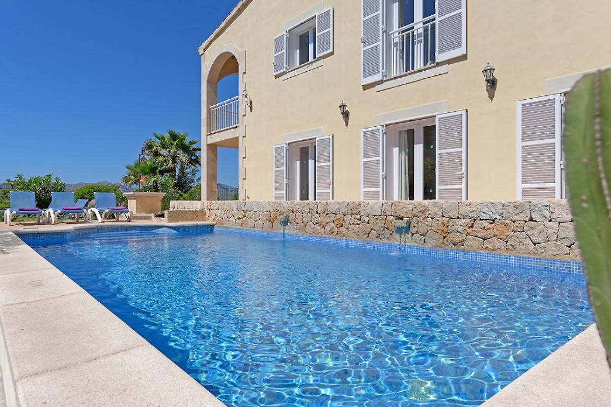 strandvilla alcudia 6315 mit pool ferienhaus in cala d 39 or mieten. Black Bedroom Furniture Sets. Home Design Ideas