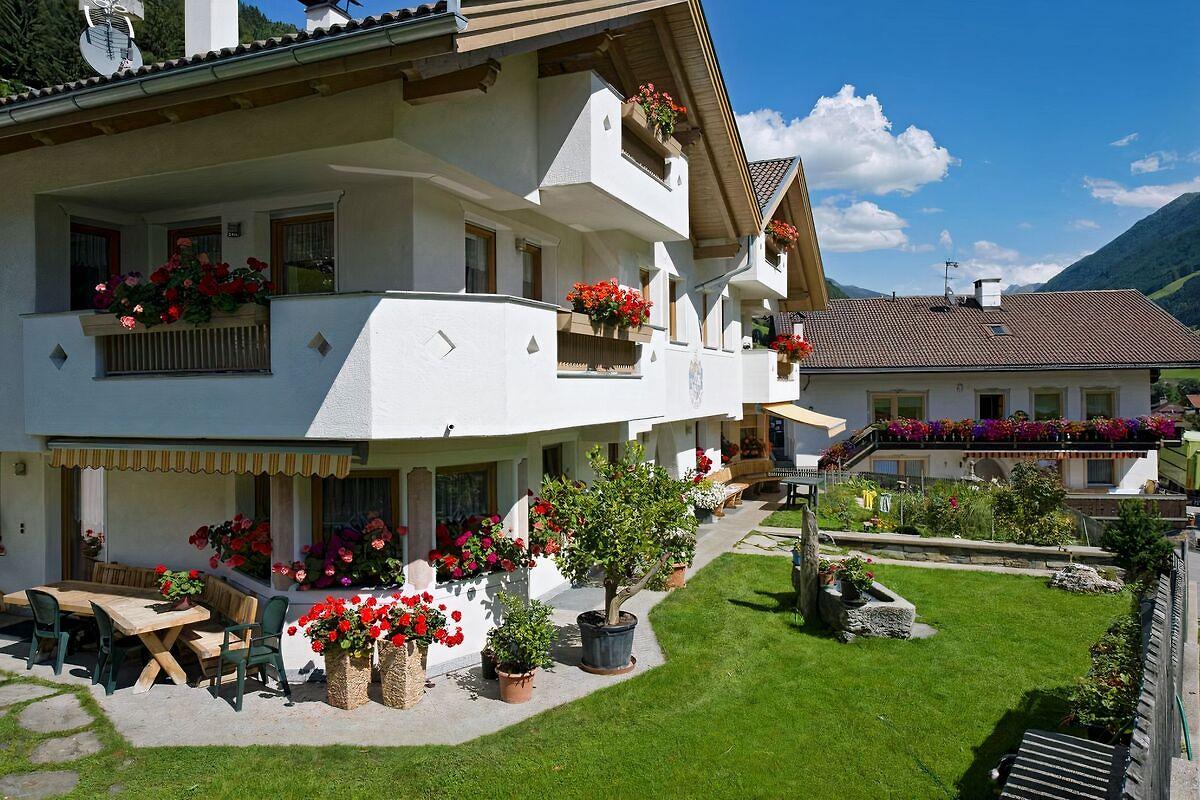 xl appartements steinhaus objektxl1 ferienwohnung in ahrntal mieten. Black Bedroom Furniture Sets. Home Design Ideas