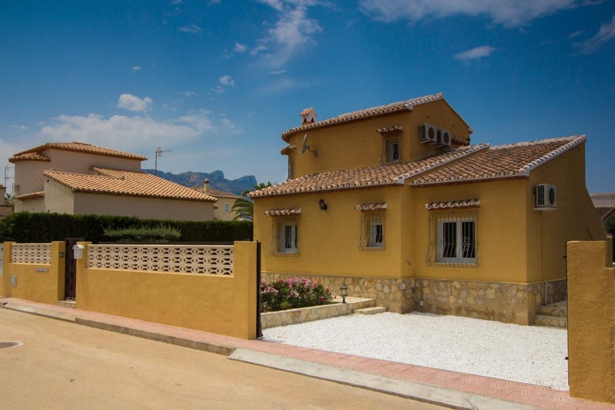 denia 2km luxus villa inge am meer ferienhaus in els poblets mieten. Black Bedroom Furniture Sets. Home Design Ideas