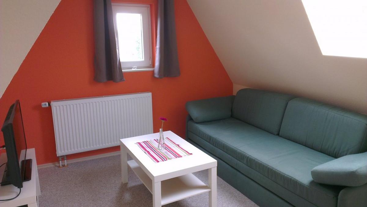 Sahlenburger ferienhaus ferienwohnung in cuxhaven mieten for Wohnzimmer dachgeschoss