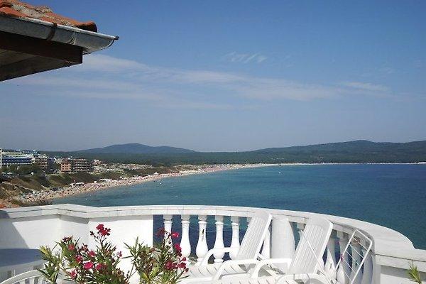 Villa Sea view in Primorsko - picture 1