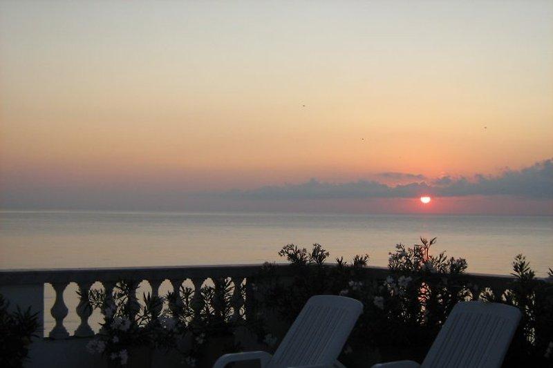 der Sonnenaufgang für Frühaufsteher