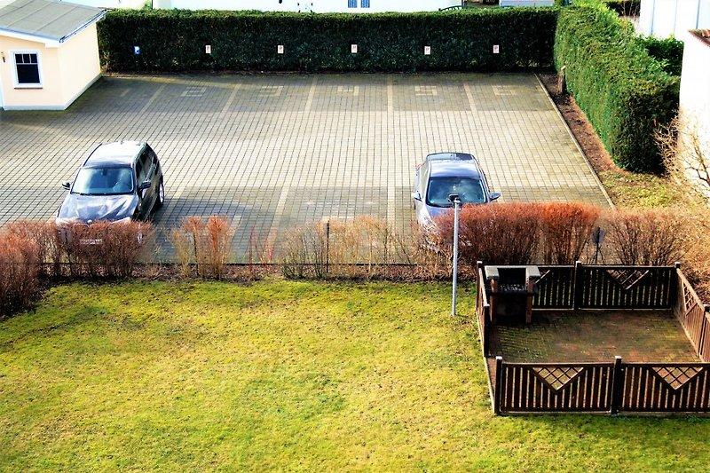 Parkplatz und Grill