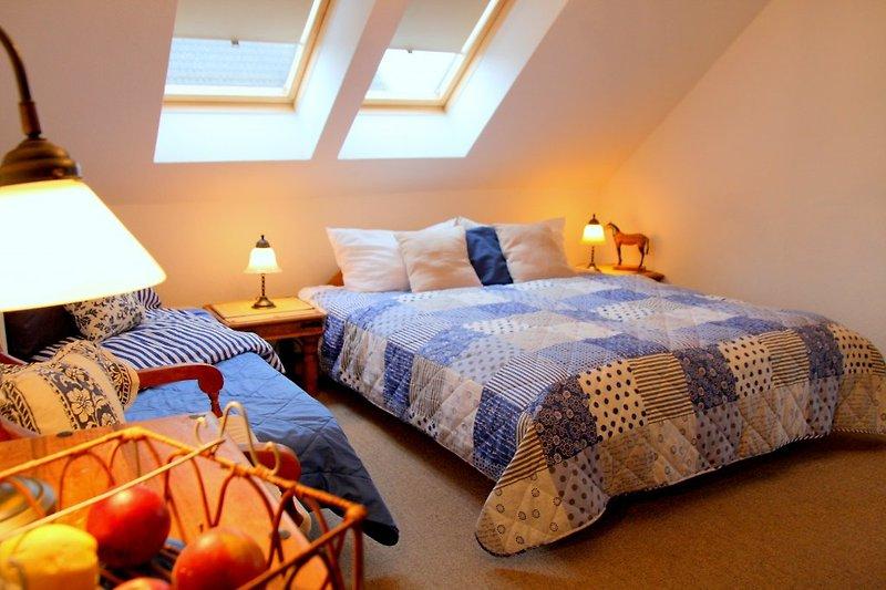 2. Schlafzimmer mit Doppelbett Whg.